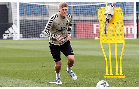 """Кроос: """"Я хочу завершить карьеру в """"Мадриде"""""""