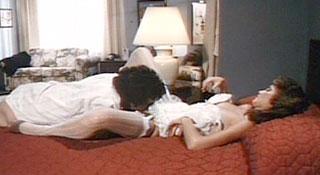 Дебби дает всем / Дебби любит всех / Debbie Does 'Em All (1985)
