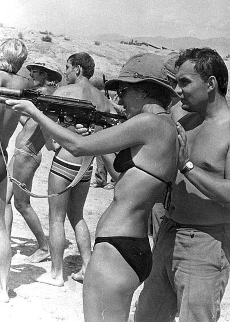 Ирина Алфёрова в Афгане 1984г 004.jpg