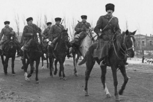 """Gruppo squadroni cosacchi """"Campello"""""""