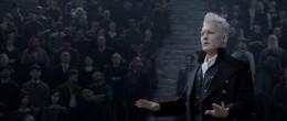 Фантастические твари: Преступления Грин-де-Вальда / Fantastic Beasts: The Crimes of Grindelwald (2018) WEBRip | HDRezka Studio