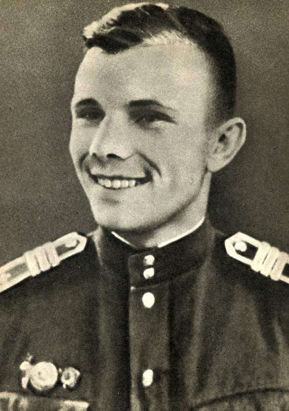 Военные истории. За что курсанты летного училища избили Юрия Гагарина в 1957 году